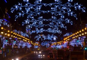 russian-christmas-traditions-_-lights-on-nevsky-prospekt-1200x825